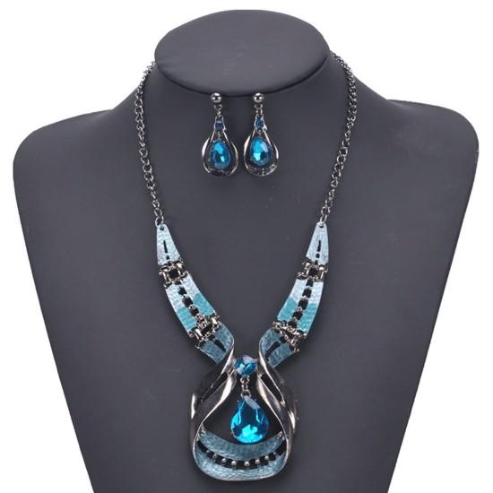 """Juego de 3 piezas collar y aretes de acero inoxidable, cristales diseño """"lagrima"""" PUL00019"""